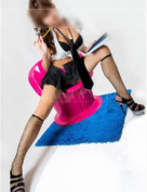 Selena, Modelo de sexo, Cataluna