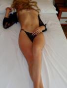 Laura, Modelo de sexo